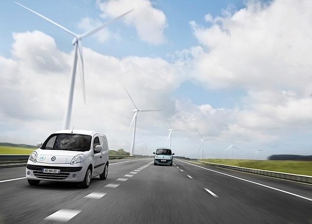 """Der vollelektrische Kangoo Z.E. von Renault wird """"Van of the Year 2011"""" – dritte Auszeichnung in Folge!"""
