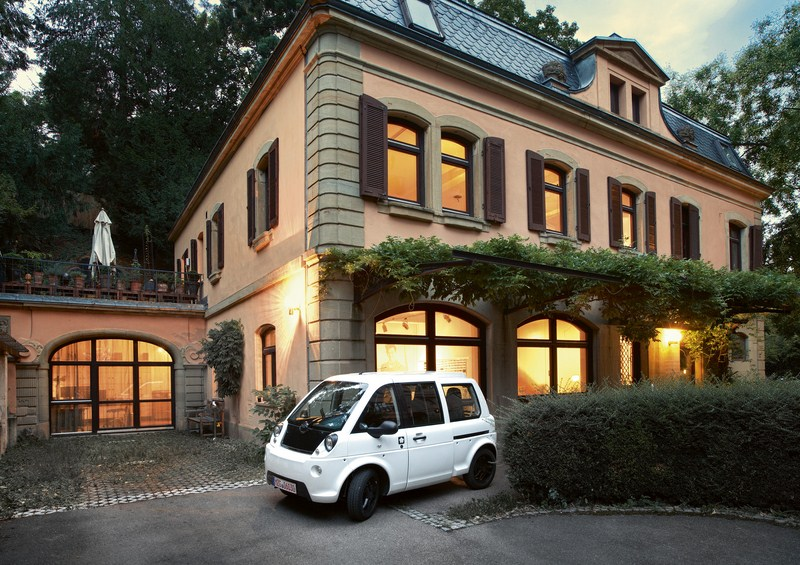 1000. mia ist in Cerizay vom Band gelaufen! Concept-Car in Genf – mia weiter auf Erfolgskurs.