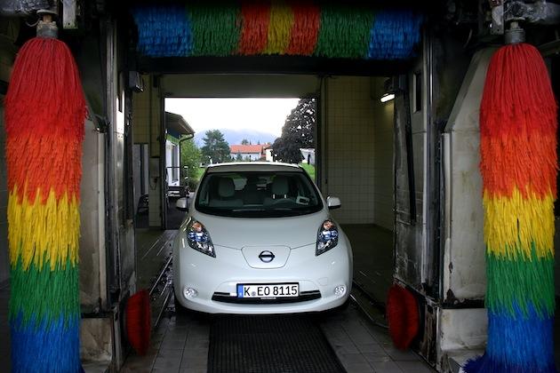 Saubermann Elektroauto: auch bei der Reinigung viele Vorteile