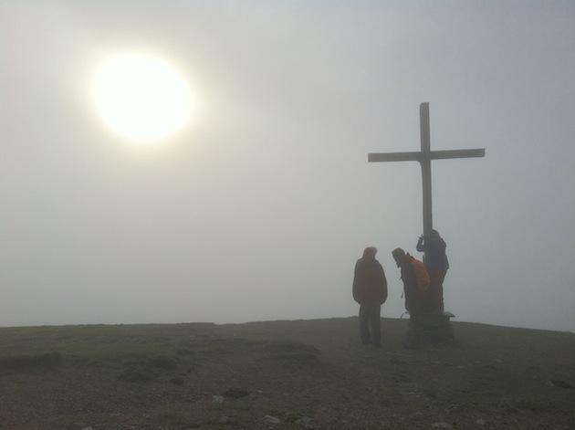 Gipfel on Trattberg mit viel Nebel