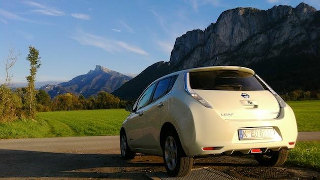 Nissan Leaf und Schafberg