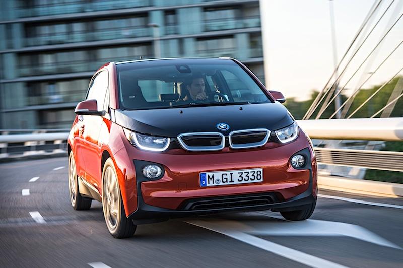 Elektroauto BMW i3 fahrend