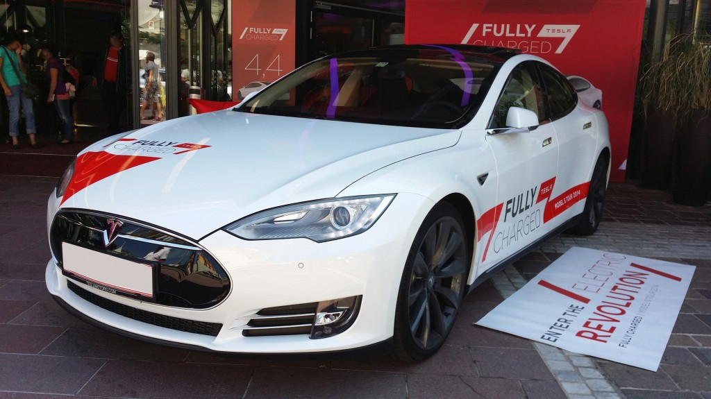 Fully Charged Model S Tour 2014 in Velden am Wörthersee