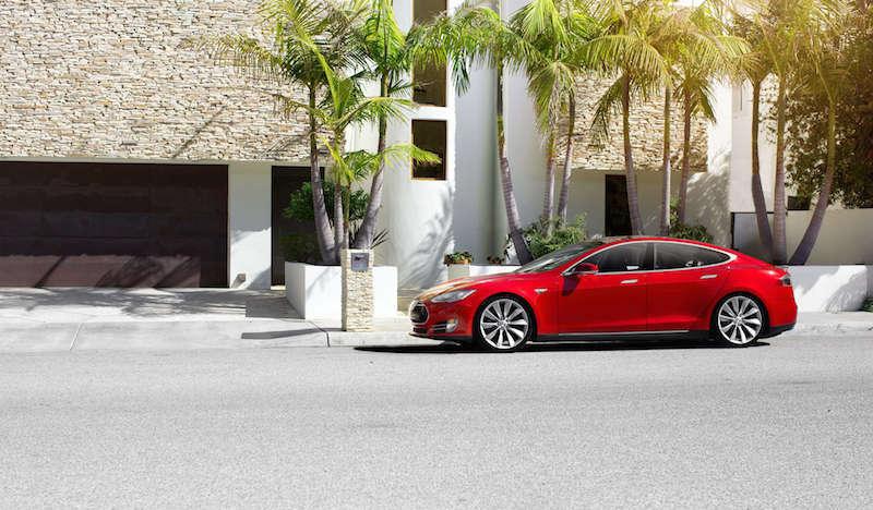 Tesla setzt neue Standards bei Autotests Foto: Tesla.com