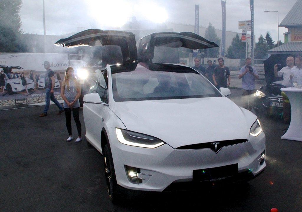 Tesla Model X Praesentation Graz06