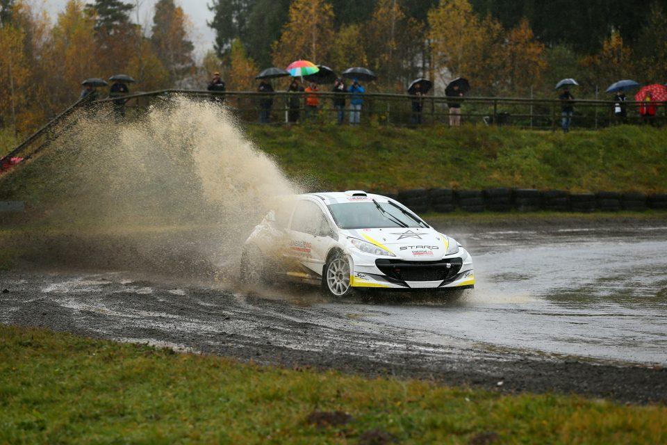 Weltpremiere des E-Rallye-Autos STARD HIPER MK1 unter schwierigsten Bedingungen