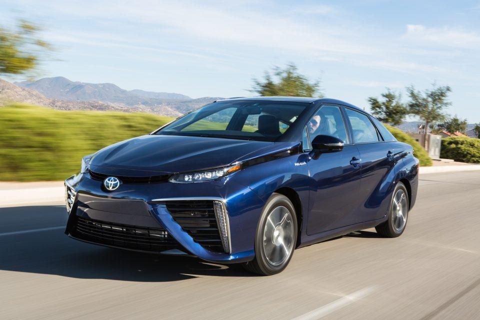 Elektroauto-Studie: Akkus sinnvoller als Brennstoffzellen