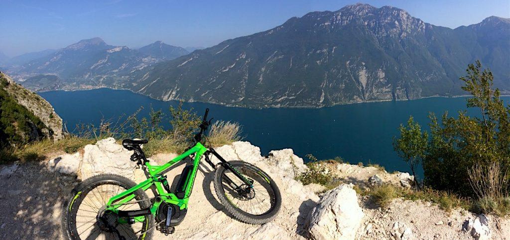 Bergamonat Gardasee1