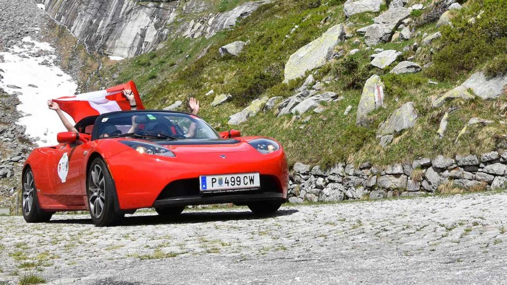 Wave Trophy Tesla Roadster