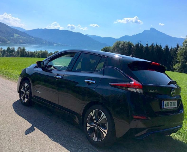 Nissan Leaf schwarz Mondsee