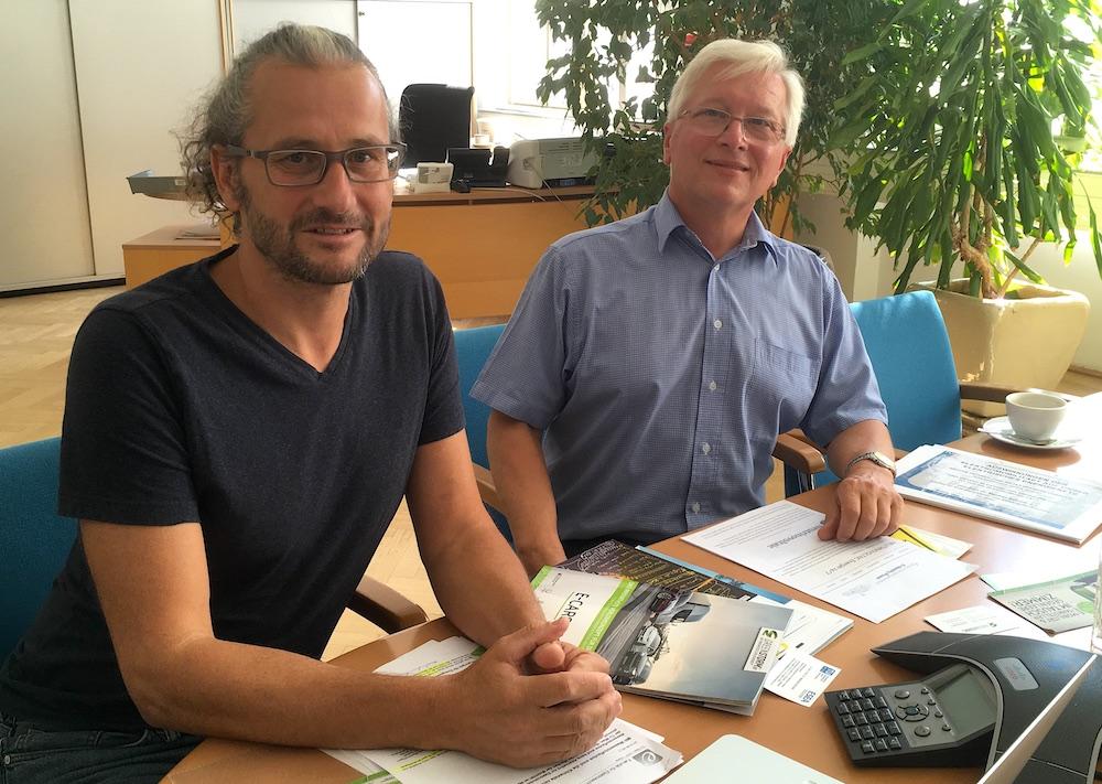 Prof. Schrödl und Volker Adamietz